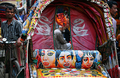 Rickshaw Art of Bangladesh | Photo: Maciej Dakowicz